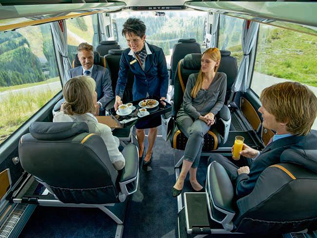 Bordservice in der Executive Business Class von Marti Reisen