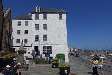 Guernsey,-1