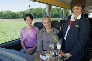Service und Reiseleiterbetreuung im Marti Car
