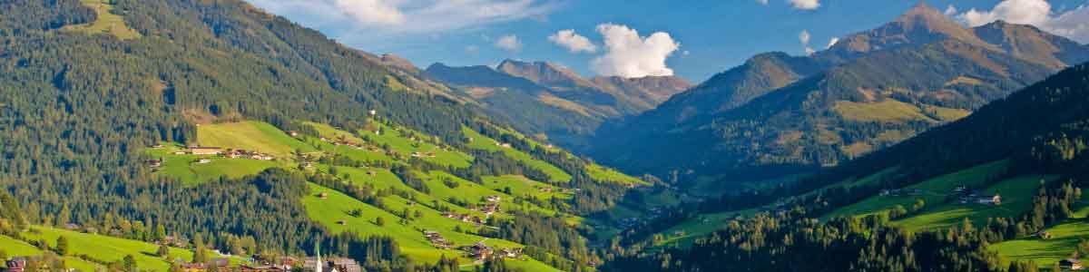 Alpenpanorama während Wanderferien