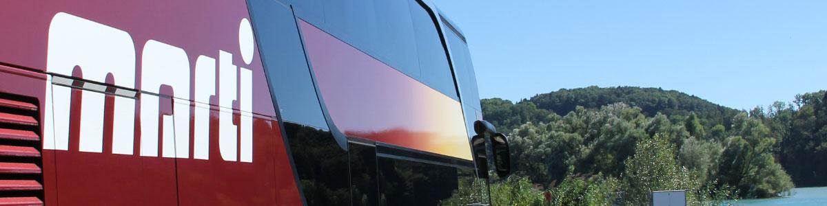 Seitenansicht eines Marti Doppelstockbus