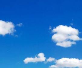Himmel mit Wolke